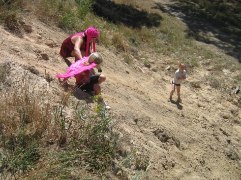 Did I say this was an adventure race, me and Emma decending the very steep dam wall...