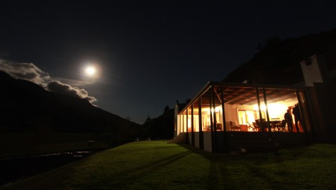 Fish Eagle Lodge at night....
